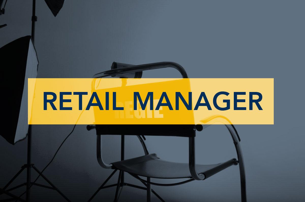 Immagine con una sedia da regista come metafora del Retail Manager